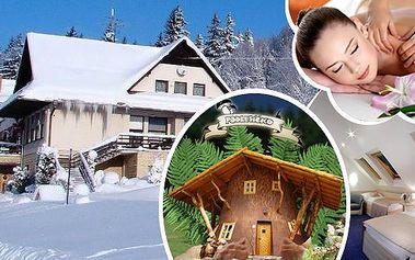 Romantický víkend v luxusu v resortu Pohádkové vesničky Podlesíčko - pobyt v nových Lux nebo Komfort pokojích v hotelu Podlesí. Bufetové snídaně, večeře s aperitivem, prohlídka Pohádkové vesničky a masáž pro oba!