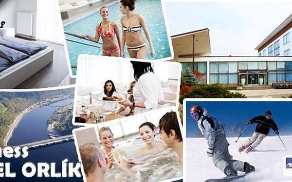 Relaxační pobyt pro dva na 3 dny ve Wellness hotelu Orlík**** s polopenzí a neomezeným luxusním wellness. Užijte si po celou dobu pobytu - vyhřívaný bazén, vířivka, sauna, relaxační zóna a posilovna.