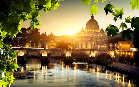Poznávací zájezd do Říma, Vatikánu, sopky Vesuv, do Pompejí i do prosluněné Neapole s ubytováním v 4* hotelu