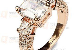 Bohatě zdobený prsten s kamínkem a poštovné ZDARMA! - 9999916542