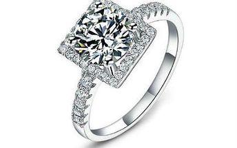 Nádherné stříbrné prsteny s krystaly včetně poštovného!