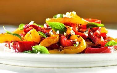 Knihy veganských nebo paleo receptů pro moderní kuchyni