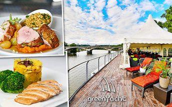 Gurmánský zážitek pro 2 osoby v Green Yacht Hotel!