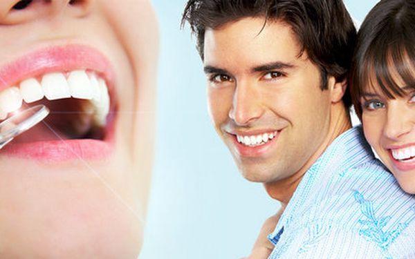 Pečlivá dentální hygiena a air flow na Žižkově