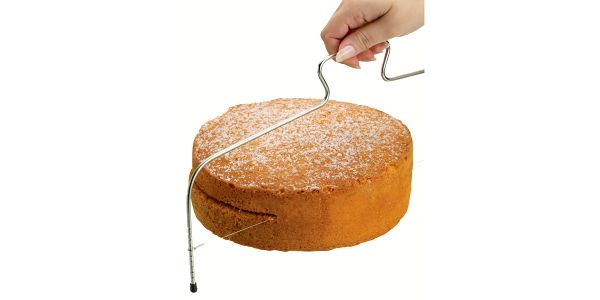 Kráječ dortů Sweetly Does It