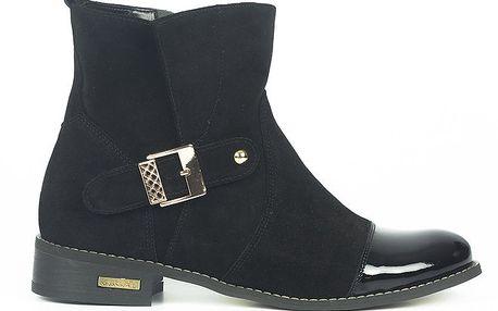 Dámské černé kotníkové boty s lakovanou špičkou Joana and Paola
