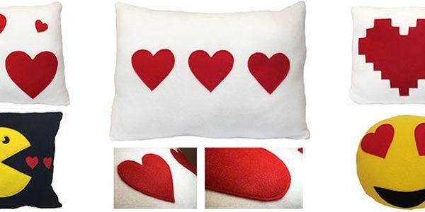 Nádherné ručně šité polštářky pro zamilované