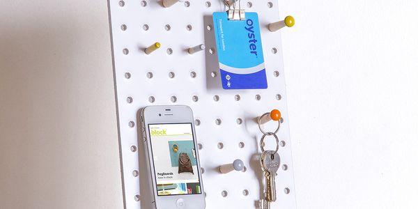 Multifunkční nástěnka Pegboard 30x20 cm, bílá