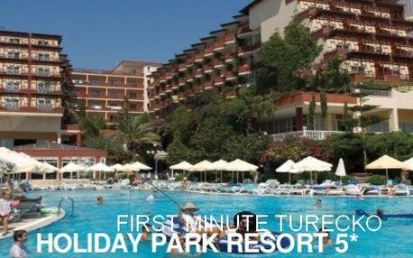 First minuteTurecko, 8 dní s All Inclusive, 5* Holiday Park Resort od 10 490 Kč! A jako bonus za 90 Kč získáte cestovní pojištění pro všechny účastníky zájezdu.
