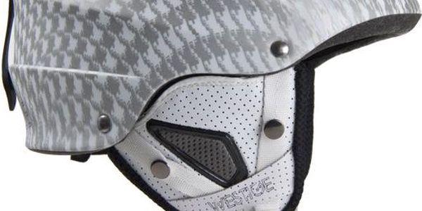 Skvělá helma freeridového tvaru Blade matt white, bílá
