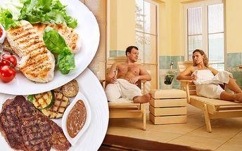 Soukromý pronájem vířivky s romantickou večeří pro 2 ve sportpenzionu Pohoda