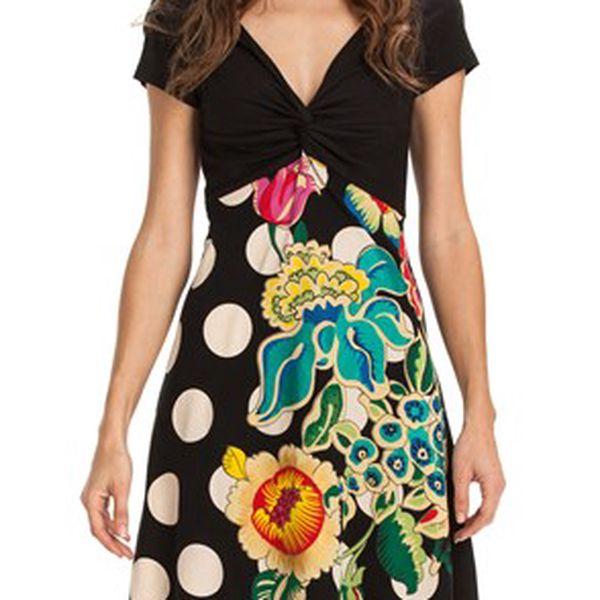 Jedinečné dámské šaty Desigual