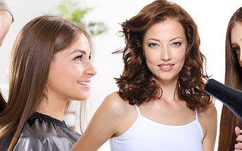 Dámský balíček kadeřnické péče - barvení vlasů, mytí, střih, foukaná