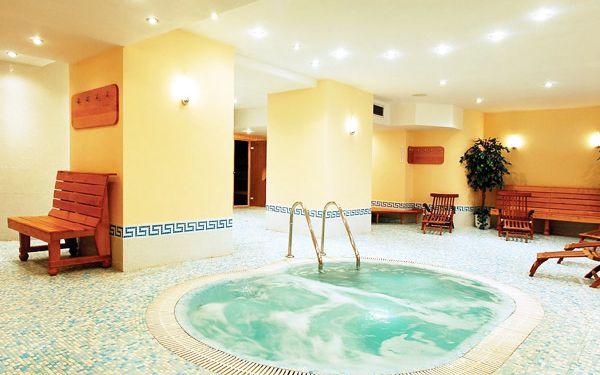 Ubytování v luxusním Clarion Grandhotelu Zlatý lev