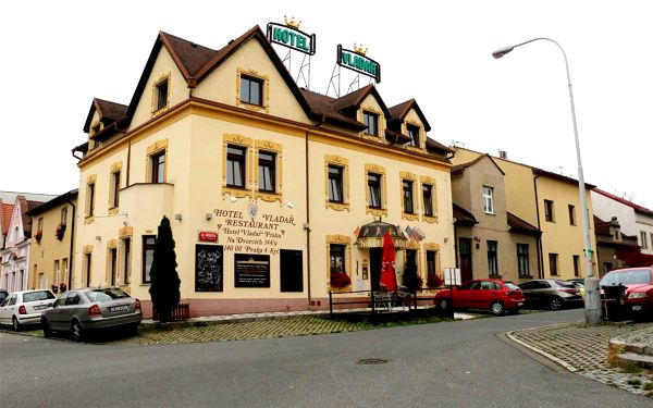 Víkendový pobyt pro dva se snídaní v Praze4