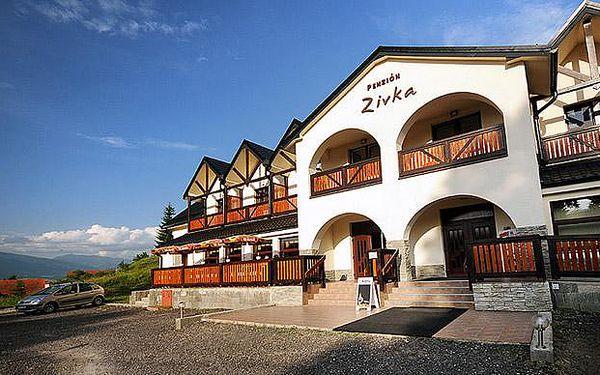 Penzion Zivka v Tatrách pro dva s celodenním skipasem, vstupem do Tatralandie nebo do wellness
