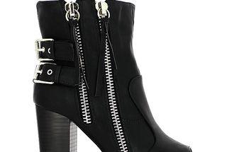 Dámské černé boty s vykrojenou špičkou Shoes and the City