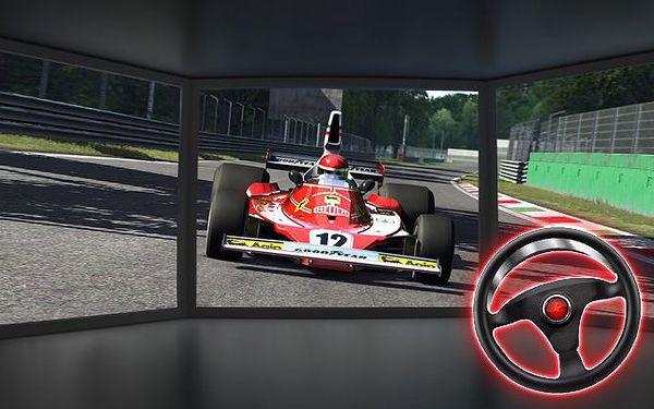 Až 30minutová jízda na 3D automobilovém závodním simulátoru