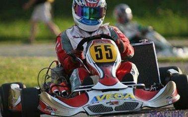 Adrenalinový sprint v motokáře pro DVA + ENERGY drink ZDARMA