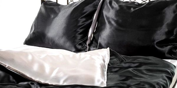 Moderní set luxusního saténového povlečení Giovanelli v několika barvách