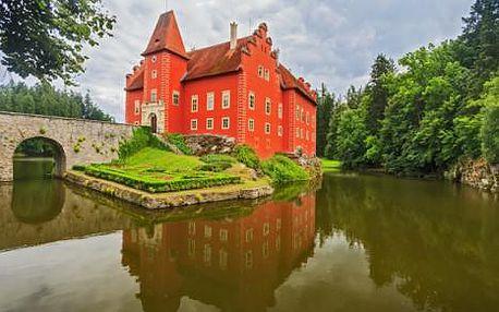 Jižní Čechy (Tábor) pro dva v hotelu Slávia Tábor s bohatými snídaněmi a lahví vína