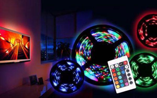 5m LED pásek s dálkovým ovladačem! Úsporné a stylové osvícení interiéru! Možnost navolení několika barev!