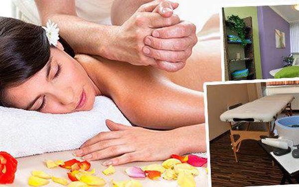 Vůně levandulového oleje a teplo lávových kamenů - luxusní masáž pro Vás v salonu Bamizi