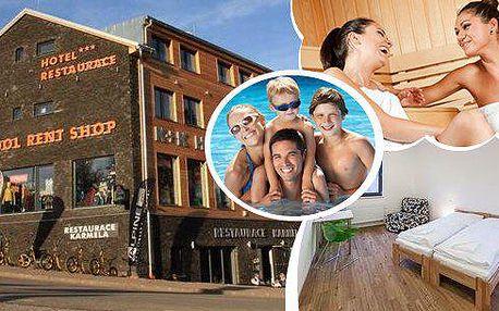 Jánské Lázně - nový luxusní Hotel U Kabinky**** na 3 nebo 4 dny pro dva. Polopenze, láhev vína, káva s koláčem, vstup do lázeňského Aquacentra (bazén, sauna, vířivka), lanového centra, zapůjčení terénních koloběžek a nordic walking holí!