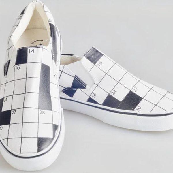 Dámské boty s křížovkářským potiskem The Bees