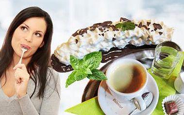 BANÁN v DOMÁCÍ ČOKOLÁDĚ se šlehačkou + ESPRESSO pro 1 osobu! Sladké pokušení v kavárně MAKOVIČKA!