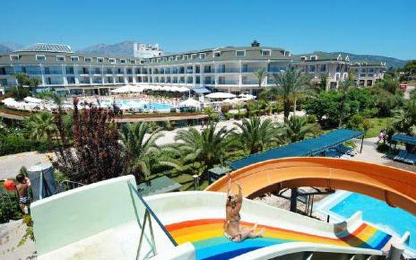 Turecko, oblast Kemer, letecky polopenze, ubytování v 5* hotelu na 8 dní