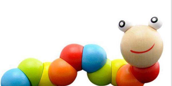 Dřevěná hračka pro děti - červík pro rozvíjení motoriky!