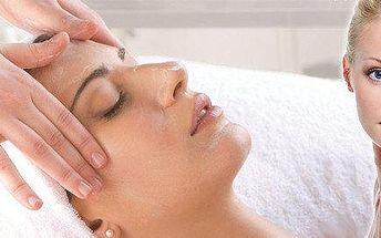 Kompletní kosmetické ošetření + ultrazvuková špachtle
