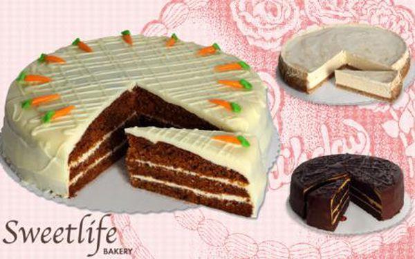 Vynikající DOMÁCÍ DORTY z vyhlášené cukrárny Sweet Life! Vychutnejte si úžasné dorty z malé rodinné pekárny a ochutnejte vyhlášený cheesecake a další druhy čerstvých dortů! Sleva na celé dorty i zákusky v cukrárně Sweet Life u metra Křižíkova!
