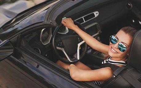 Adrenalinová jízda sportovním vozem