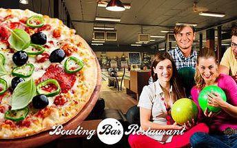 Hodina BOWLINGU až pro 8 OSOB + 2x PIZZA dle Vašeho výběru! Přijděte se příjemně pobavit a najíst zároveň!