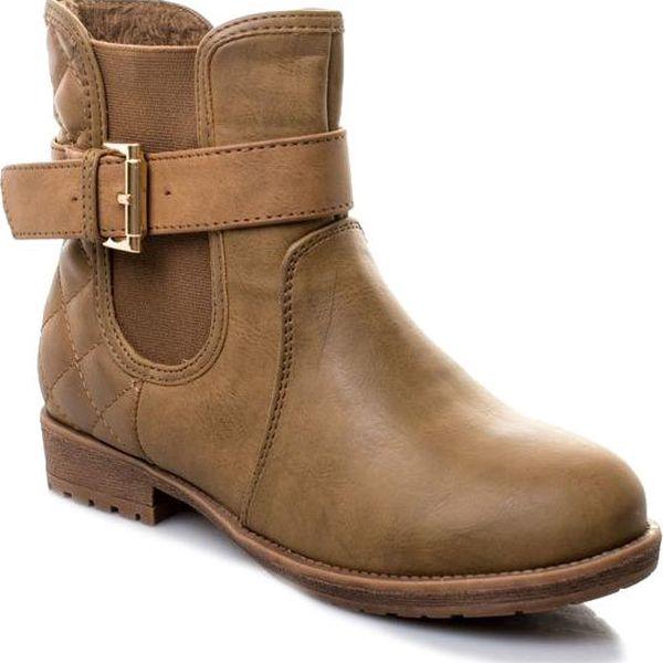 Dámské kotníkové boty mírně zateplené