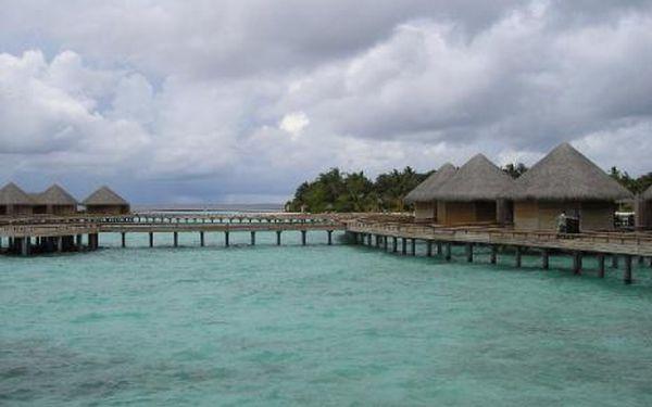 Maledivy, oblast Severní Atol Male, doprava letecky, polopenze, ubytování v 5,5* hotelu na 11 dní