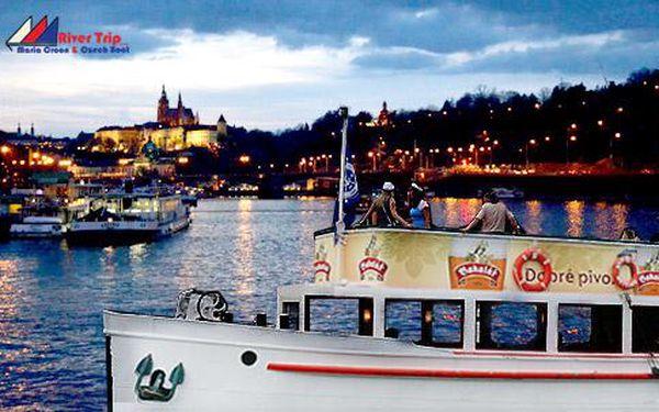 1 až 3 hodiny plavby na vlnách Vltavy