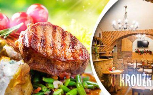 2x 300g RIB EYE STEAK s pepřovou omáčkou a opečenými brambory nebo fazolkami se slaninou na Žižkově!