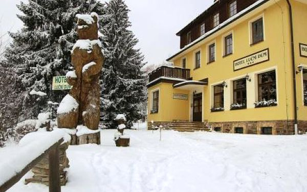 Česká republika, oblast Krkonoše, doprava vlastní, polopenze, ubytování v 3* hotelu na 8 dní