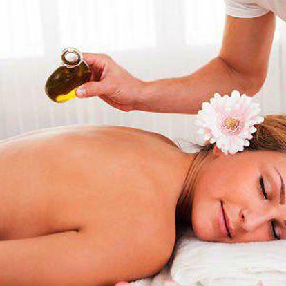 Hodinová masáž léčivým kamenným olejem z Tyrolských Alp!