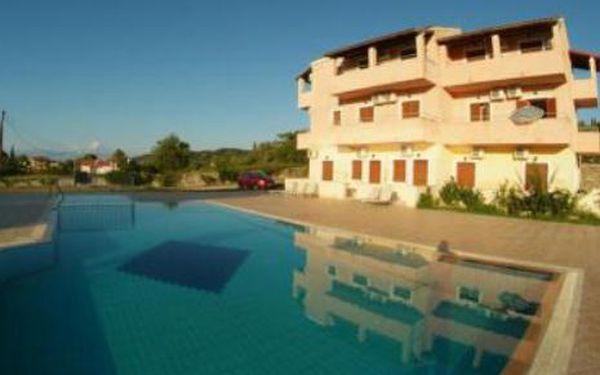 Řecko, oblast Korfu, doprava letecky, bez stravy, ubytování v 3* hotelu na 8 dní