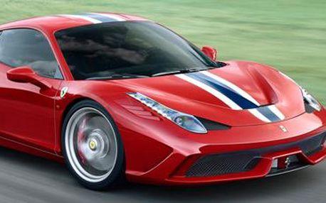 Super jízda ve sportovních vozech: Ferrari, Lamborghini, Porsche či Chevrolet.