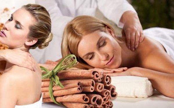 30 min. klasická RELAXAČNÍ masáž ZAD a ŠÍJE + 30 min. SKOŘICOVÝ ZÁBAL! Ulevte si od bolesti a zrelaxujte!