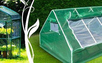 Fóliový skleník: Vypěstujte si květiny nebo zeleninu kdekoli!