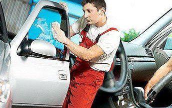 Profesionální jarní čištění celého automobilu v Ostravě Martinově
