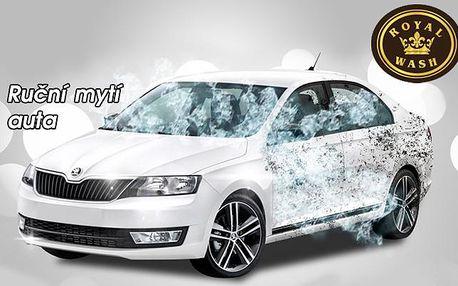 Profesionální RUČNÍ MYTÍ AUTA včetně tepování interiéru a vysušení! Možnost vyzvednout a poté přistavit vyčištěné auto kdekoli v Brně ZDARMA! Svěřte péči o své auto odborníkům s dlouholetou praxí a užijte si perfektní servis automyčky Royal Wash!!