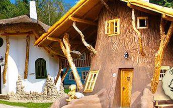 Pohádková vesnička: 3denní pobyt s polopenzí pro celou rodinu!