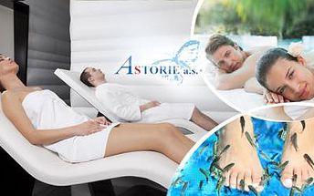 2hodinový WELLNESS BALÍČEK pro páry! Užijte si masáž, privátní saunu a pedikúru rybkami Garra Rufa!